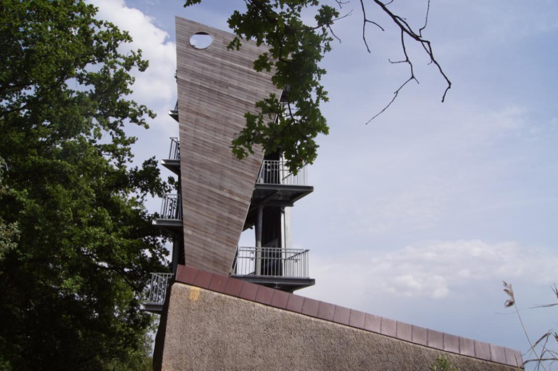 uitkijktoren de wijers in directe omgeving van B&BNummer5